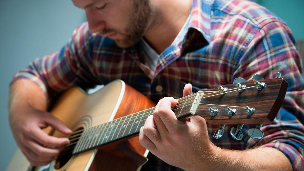 ۱۲ راهنمایی برای گیتاریستهای مبتدی